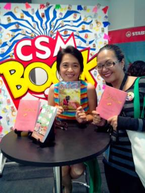Posing with another book author and friend, Ate Yah Munar. (c) CSM Publshing